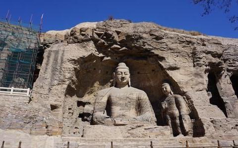 云岗石窟:是世界上石窟艺术的代表作之一,是不可错过的人文景观