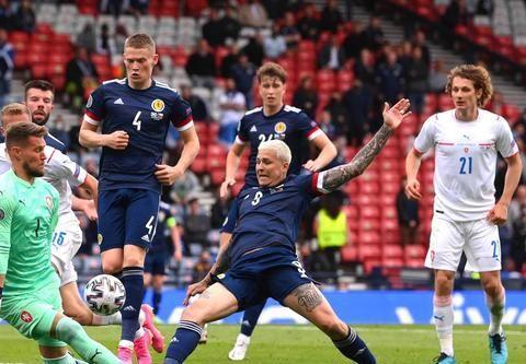 欧洲杯:英格兰VS苏格兰 宿敌交战 三狮军团志在连奏凯歌!