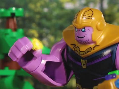 超级英雄乱斗,即使得到了暴风战斧,最终也因一个响指功亏一篑