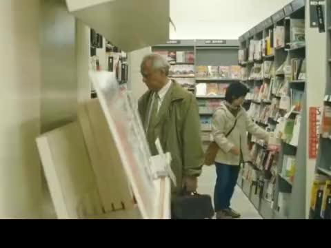 日本电影真敢拍,将老人们难以启齿的尴尬,都揭露了出来
