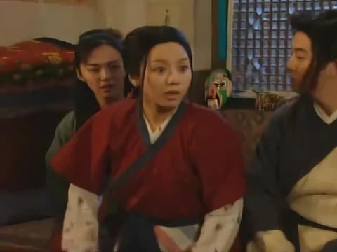 佟湘玉要跟白展堂结婚,莫小贝却不同意,大嘴真是个墙头草