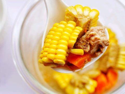 精致一人食,豉汁蒸排骨+排骨玉米汤,一骨两吃