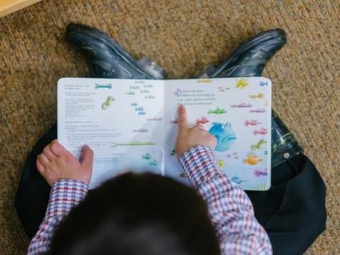 为什么语言发育迟缓儿童,会逐渐变得自卑、懦弱?