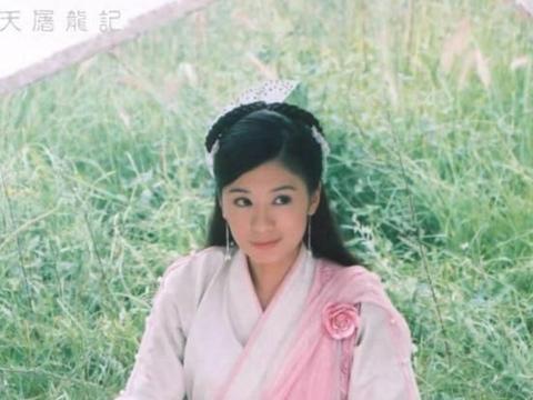 贾静雯晒女儿表情挑战,咘咘释放自己,Bo妞没有违和感