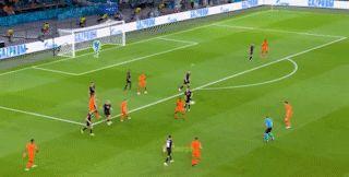 成功率100%!荷兰帝星闪耀欧洲杯,三项数据第一创41年纪录