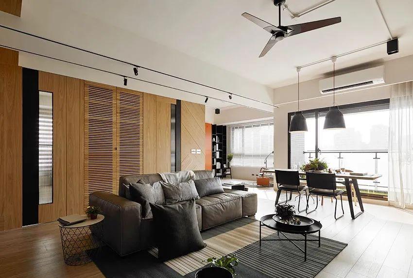 132㎡四口之家,温馨细腻的玄关区,粗犷的电视墙,简约又充满格调