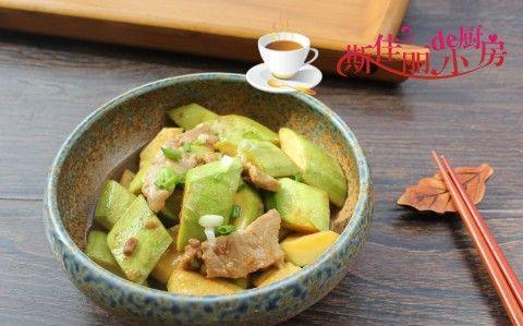 夏天土豆南瓜靠边站,多吃西葫芦,2元钱1斤便宜鲜美常吃清热润肤