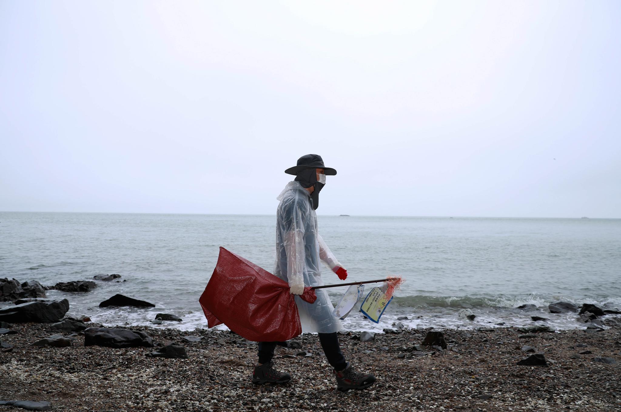 韩国:清理海洋垃圾在行动