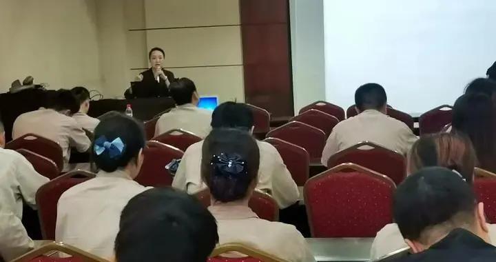 江津区中心医院:健康讲座进企业,健康知识送上门