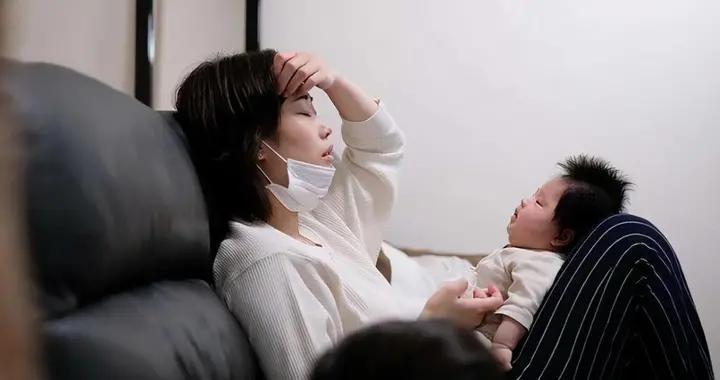 抓脸、打人、拽头发,面对宝宝的攻击性行为,家长做好引导很关键