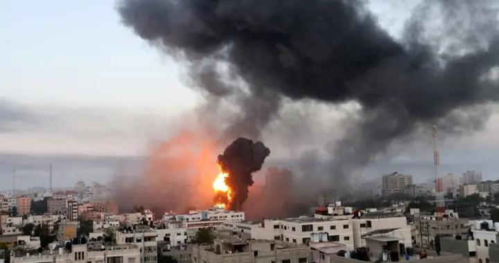 哈马斯改变战术,动用燃烧气球,以色列遇到硬茬,大批财物受损