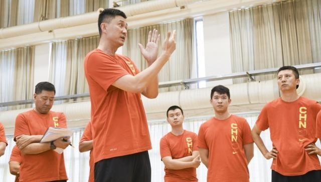 杜峰大赞广东双核心,却怒批了辽宁张镇麟和MVP主力,很不合理?
