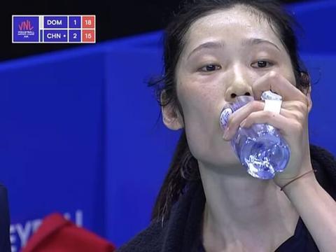 世联赛中国女排积分榜已经无缘四强,朱婷没受伤郎平打美国有底气