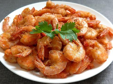 嘎嘣酥脆的椒盐虾,在家也能做,简单方便易上手