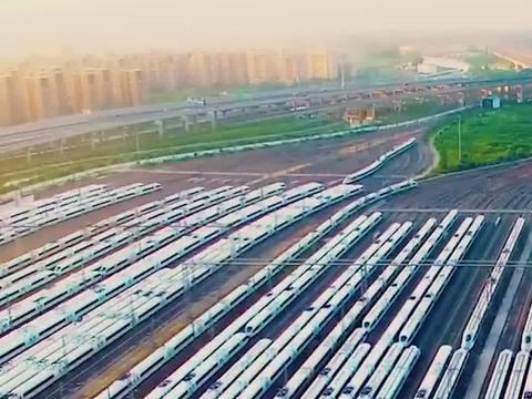 """中国高铁""""封神之作"""",获沙特600亿沙漠高铁大单,日本也不敢接"""