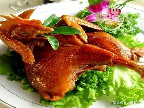 特色手撕鸡配方,9种香料配制腌料汁,成品回味干香,色泽红亮