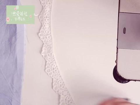 在缝纫过程中,有时候压花边,容易压多压少,分享一个自制小工具