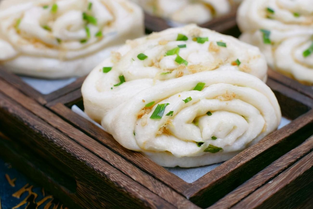 香葱花卷的做法,营养丰富,味道鲜美!