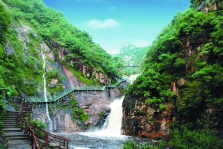 河南这4个山水县城,适合夏季避暑纳凉,卢氏县、栾川县榜上有名