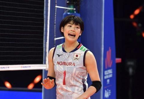 日本女排力挫德国夺第11胜,提前晋级四强,美国击败俄罗斯14连胜