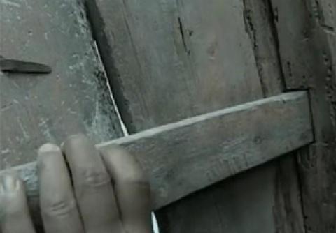 亮剑:李云龙被日军追杀时,其实可躲过去,和尚一动作露破绽了!