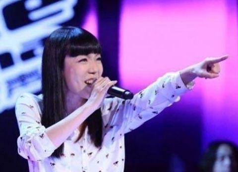 从1.3亿代言费到县城卖唱为生,消失2年的吴莫愁,究竟得罪了谁?