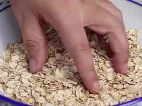 夏天燕麦新吃法,比油条还过瘾,太香了,上桌就抢光啦,真解馋
