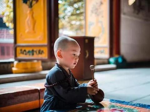 生命中的一切,我们都无需拒绝,笑着面对,不去埋怨