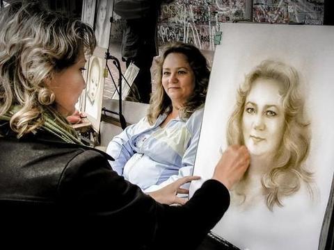 专家:这是画家人生写照