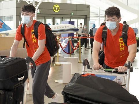 中国男篮亚预赛末战,吴前刘传兴最后的救赎,再低迷或被杜锋退货