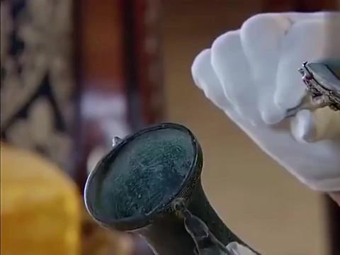 """末代皇帝传奇:日本人攻占上海,溥仪开心不已,变相的""""大汉奸"""""""