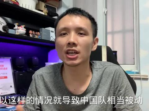 裁判助力也没用!中国男篮强势翻盘日本,周琦+周鹏助杜锋三连胜