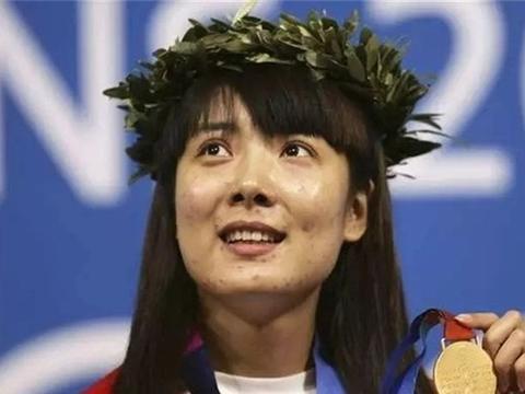 """射击冠军杜丽:满脸痘痘消失蜕变成""""女神"""",如今39岁愈发动人"""