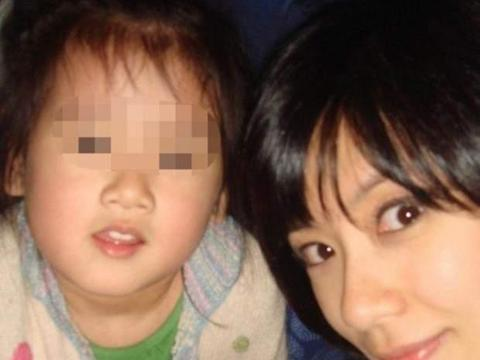 梧桐妹迎16岁生日,林若亚与孙志浩嘟嘴献吻,画面颇为温馨!