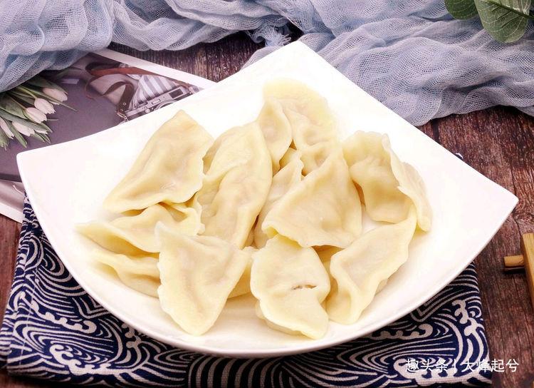 隔夜韭菜馅饺子能吃吗?2种方法,让隔夜韭菜馅饺子好吃又健康
