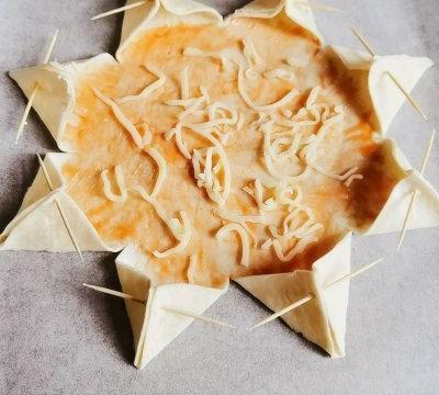 三文鱼西兰花卷饼披萨