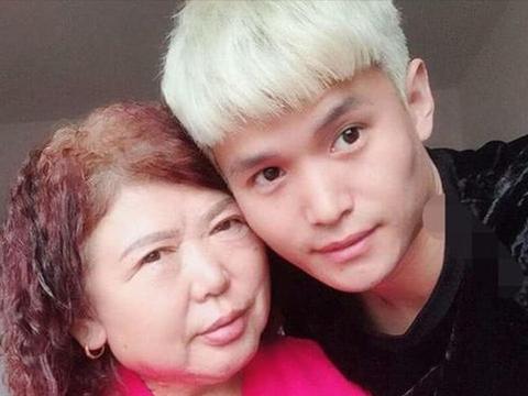 28岁河南男子爱上65岁大妈,愿做试管婴儿,还得同龄婆婆支持