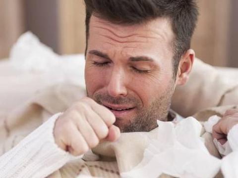 患了慢性咽炎,一般会有哪些症状?常用3物泡水喝,或能养阴利咽