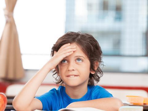 在教育之中,想要解决孩子的问题,就要先解决父母的问题