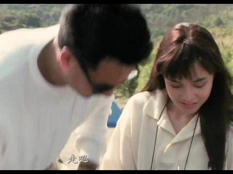 张学友的女朋友过生日,甄子丹帮他准备了蛋糕,够义气
