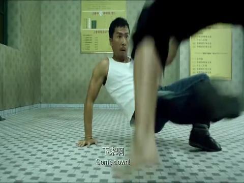 论起硬功夫,我只服甄子丹,让泰拳高手两只手都能把他完虐