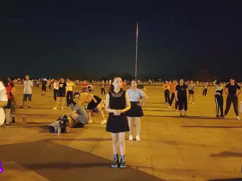 广场舞《都是兄弟》动感时尚现代舞 歌声霸气 节奏活力,真带劲