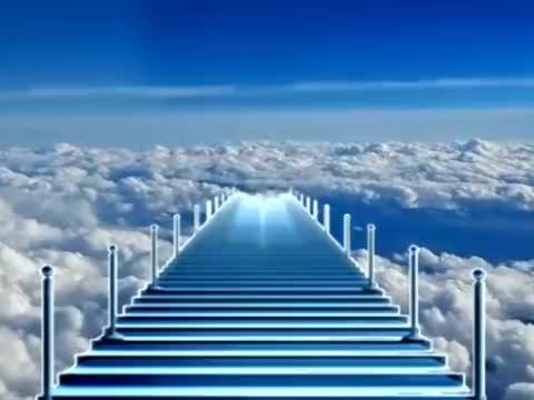 《云端天堂》歌声豪放大气 动作柔美舒展 歌醉舞美 百看不厌