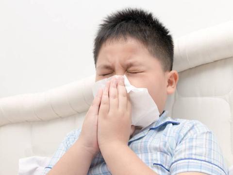 """吃一次等于喝""""一桶油"""",13岁孩子咳嗽反复,只因常吃2种早餐"""