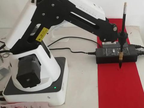 机器人毛笔画:机械臂画一个终结者T800施瓦辛格简笔画
