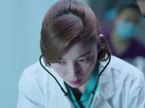 腹痛患者送到医院,医院诊断不出结果,只好留院观察