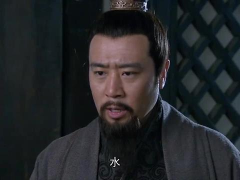 新三国:曹军大军来袭,刘备想让关张出战,张飞心里还有点别扭