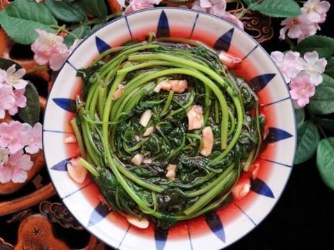 夏天出汗多,吃菠菜不如吃苋菜,高钙高钾,天热也精神十足