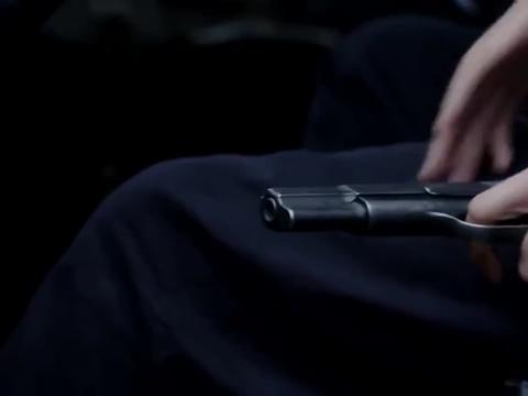 荡寇:皮衣美女卡车对敌,一把手枪强闯关!气势非凡!