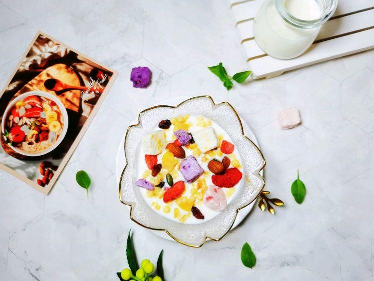 酸奶水果燕麦脆,营养美味,好吃健康